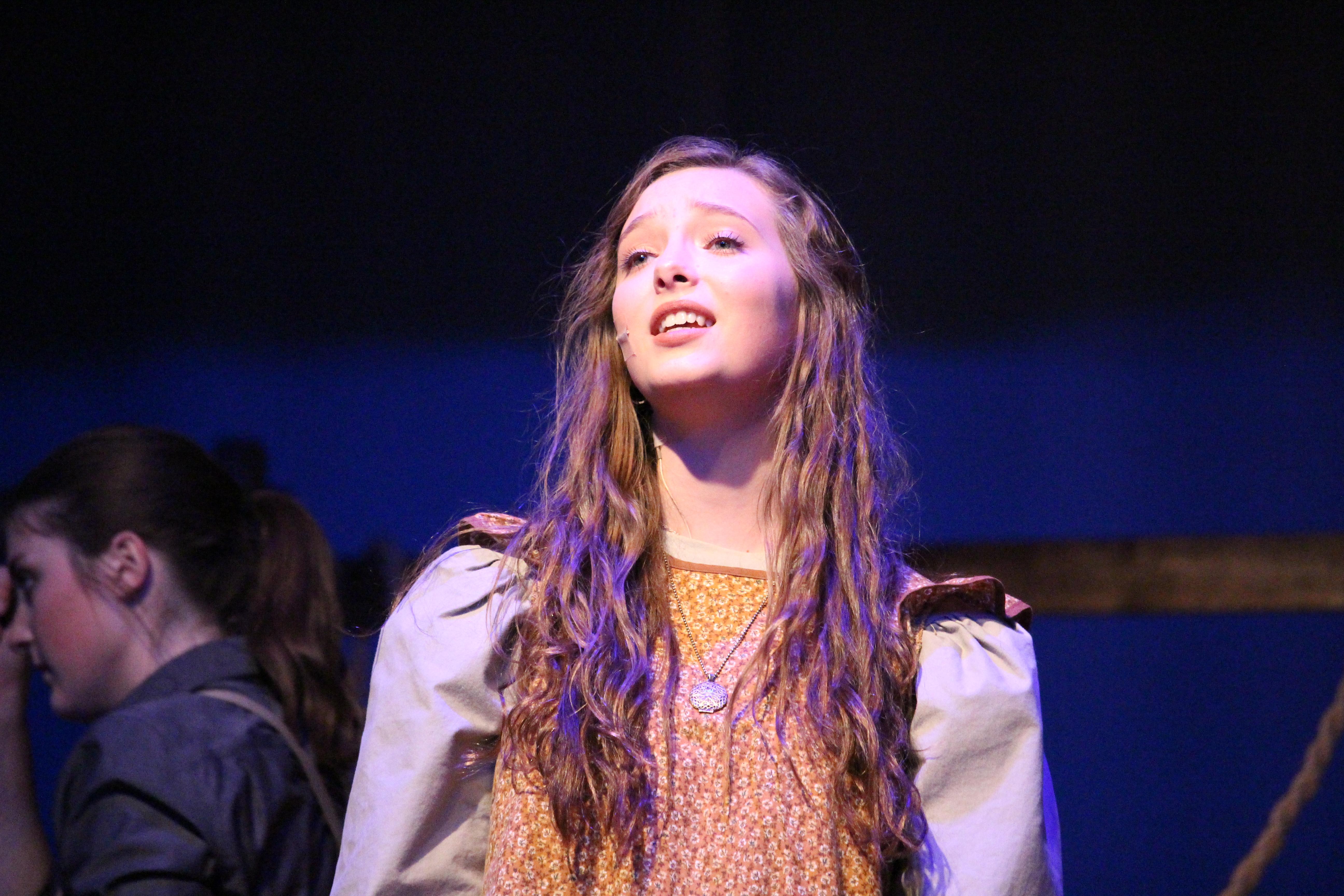 Hannah Fall Play (310)