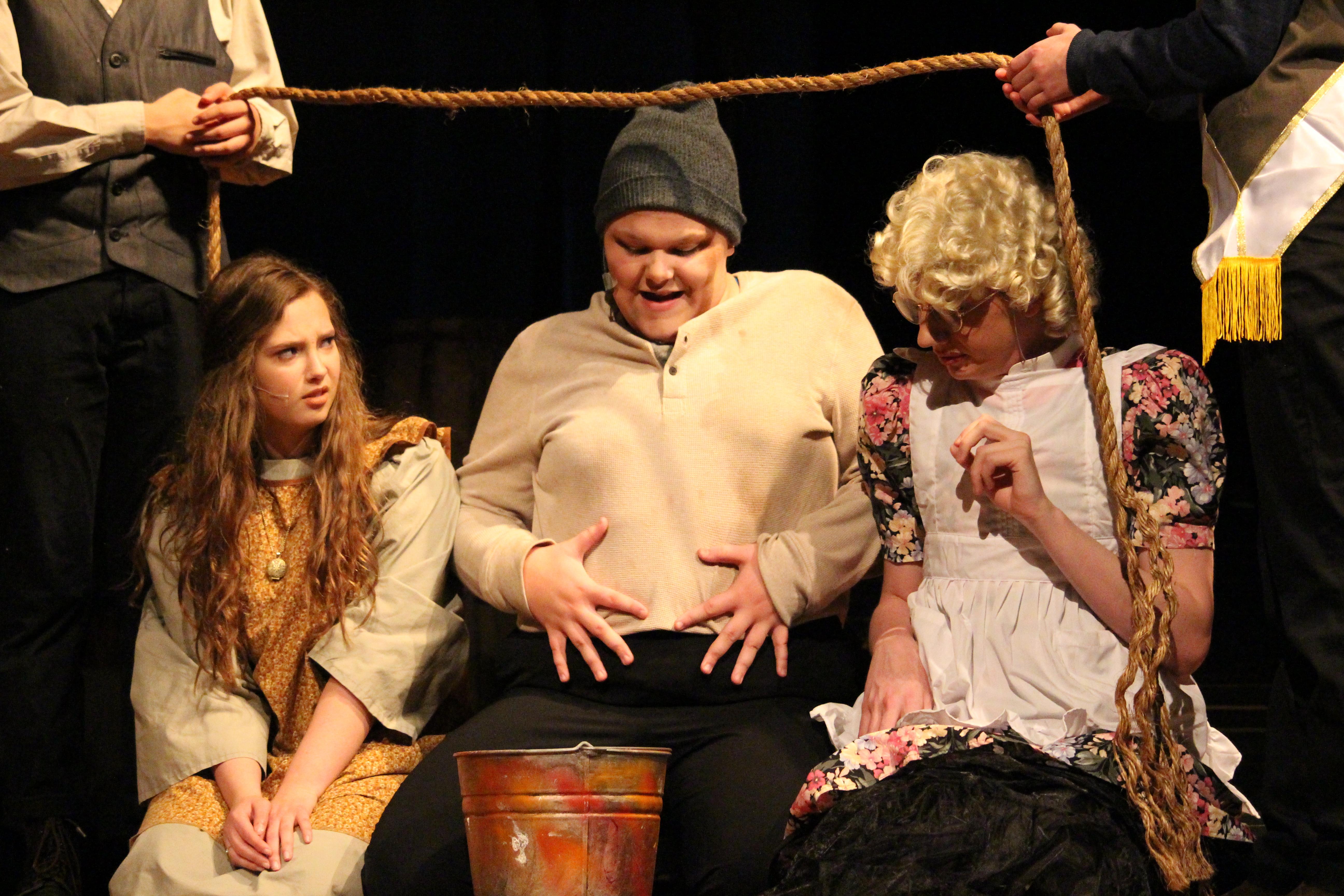 Hannah Fall Play (481)