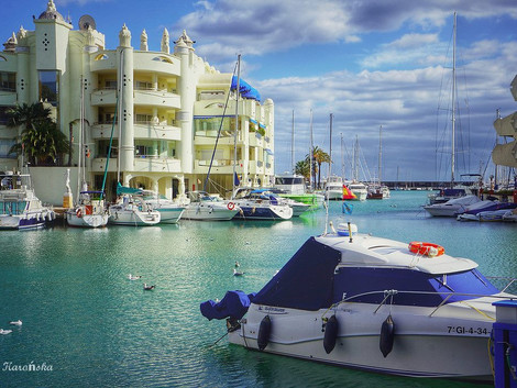 Port w Benalmadenie - Puerto Marina