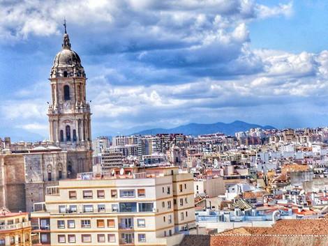 Malaga - katedra, slonce i blekit ;)