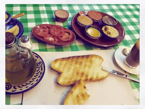 Hiszpanskie sniadanie w La Recova