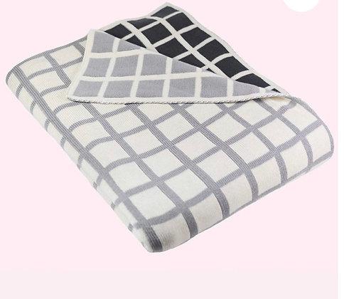 Sveda squares gray combo blanket