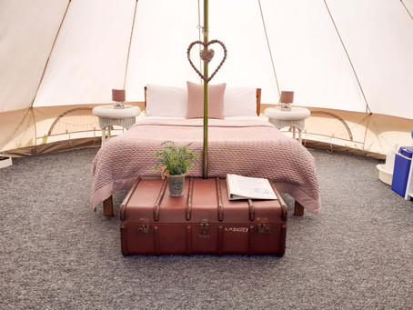 Photoshoot for Oxford Riverside Glamping