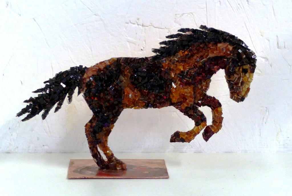 Cheval en cuivre et mosaïque n°2