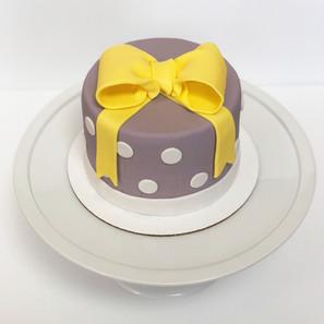 Polka Dot Cake with Fondant Bow