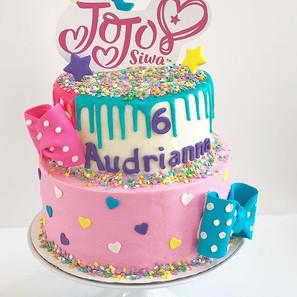 JoJo Siwa Cake