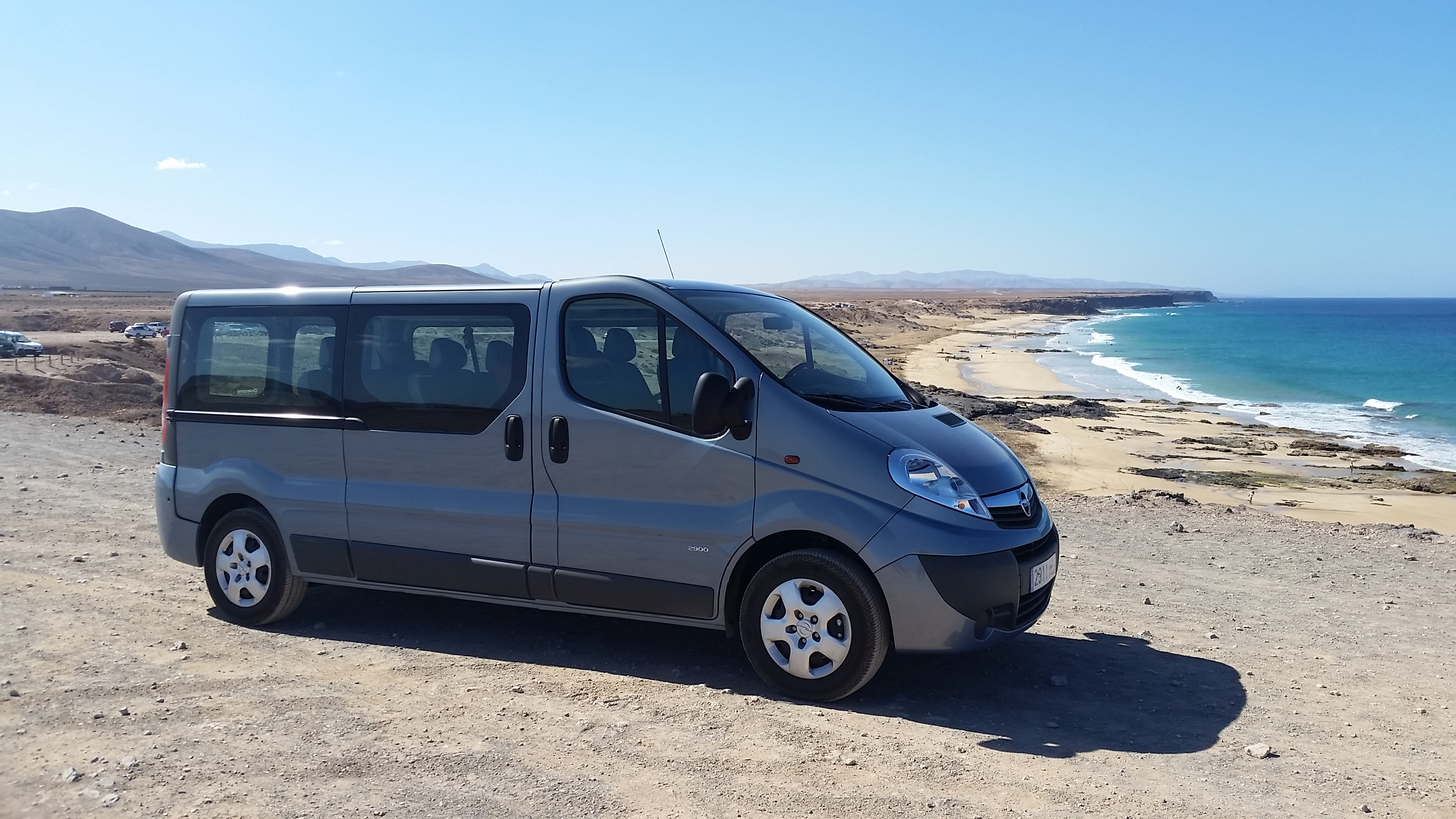 9 seats minivan in PIEDRA PLAYA (El Cotillo)