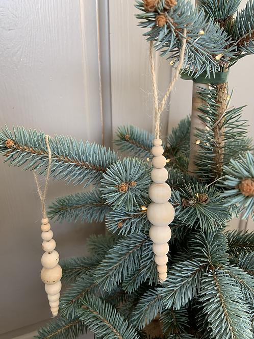 Natural tree decorations