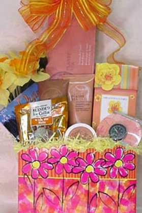"Ladies Basket - ""Treat Mom To A Spa"""