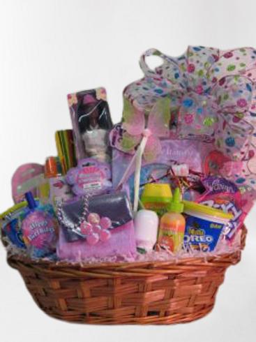 """Children's Basket: """"Little Girl's Delight"""""""
