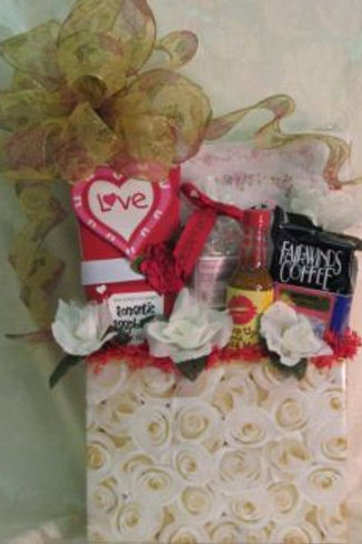 """Wedding Basket - """"Congratulations On Your Marriage"""""""