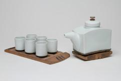Porcelain/Stoneware Tea Set