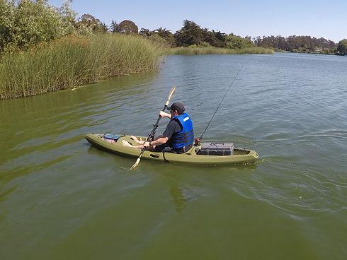 kayak paddle holder for fishermen