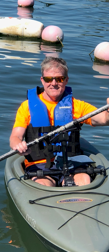 Gamut Paddle Holder on Sit-Inside