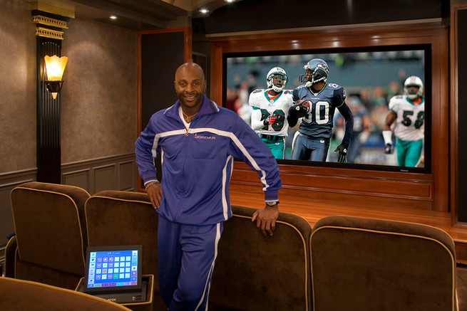hall-of-famer-jerry-rices-home-theater_3