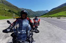 Mit dem Motorrad in die Alpen