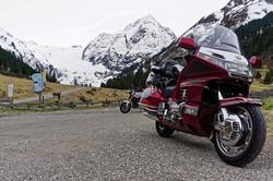 Pause Motorradreise am Gletscher