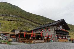 Motorradtour - Einkehr in den Alpen