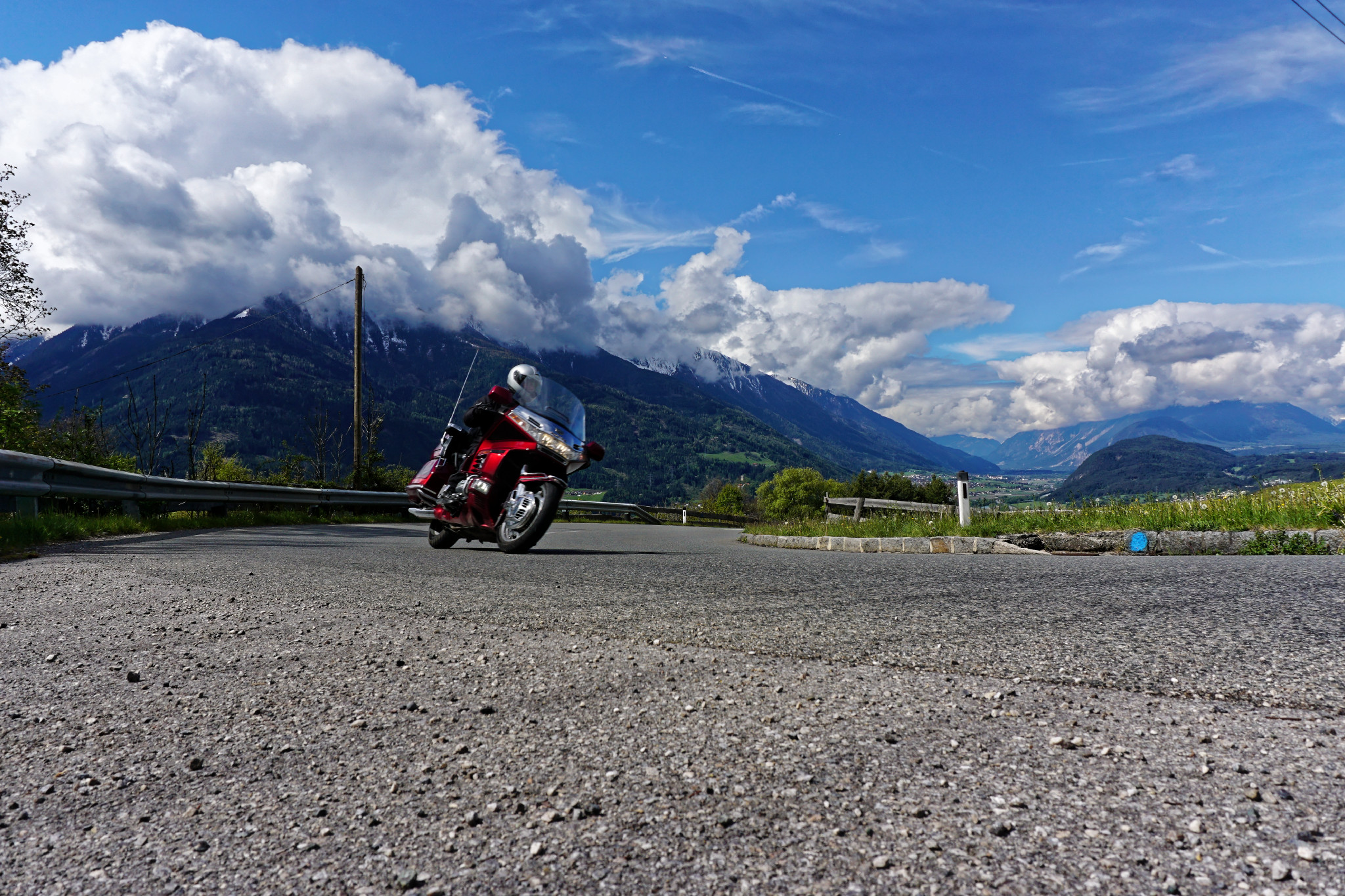 Honda Goldwing in den Alpen fahren