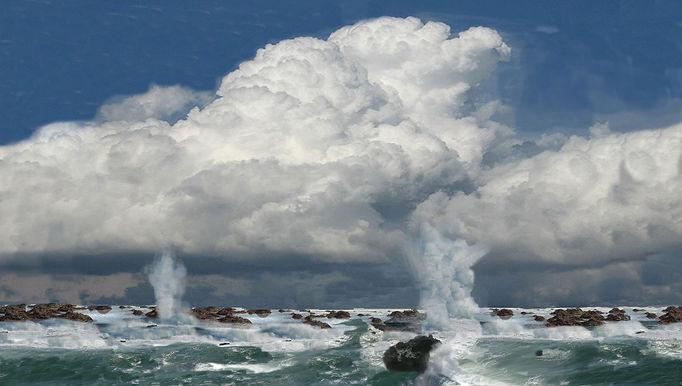 The white pillars & the sea of Rocks.jpg