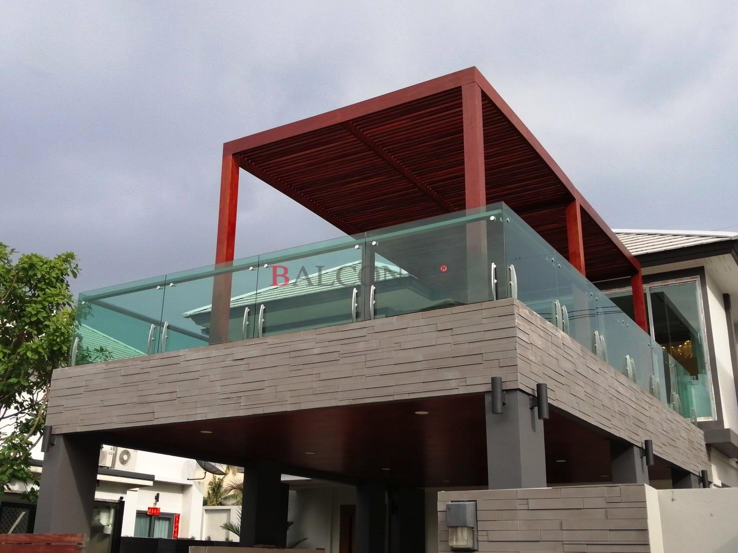 ราวระเบียงกระจก SF-9005 balconic design