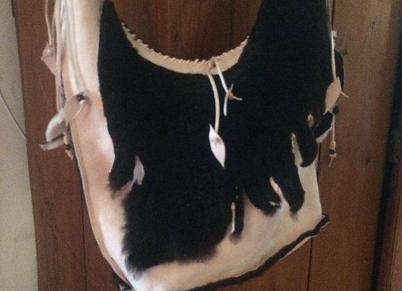 Model  schoudertas suède - model shoulder bag suède