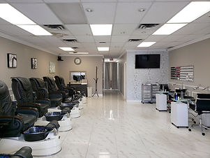 Luxy Nails 102A - 20151 Fraser Highway, Langley, BC