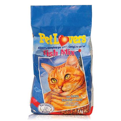 מזון לחתולים בטעם דגים
