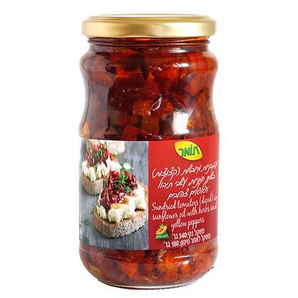 עגבניות מיובשות קצוצות בשמן חמניות, עשבי תיבול ופלפלים צהובים