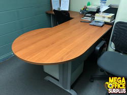 Boss Table Managers Desk Sale