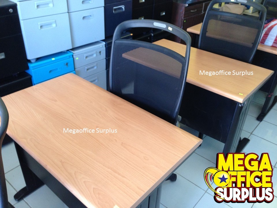 Steel Free Standing Table Megaoffice Sur