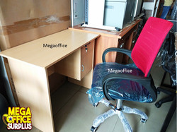Cheap tables Megaoffice Ikea Table
