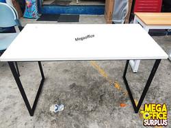 Minimalist office desk Megaoffice surplus
