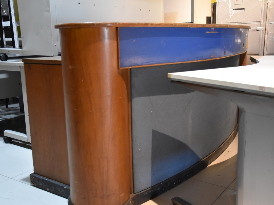 Reception Counter Table Used Megaoff