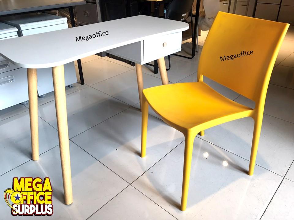Study Table Megaoffice Surplus