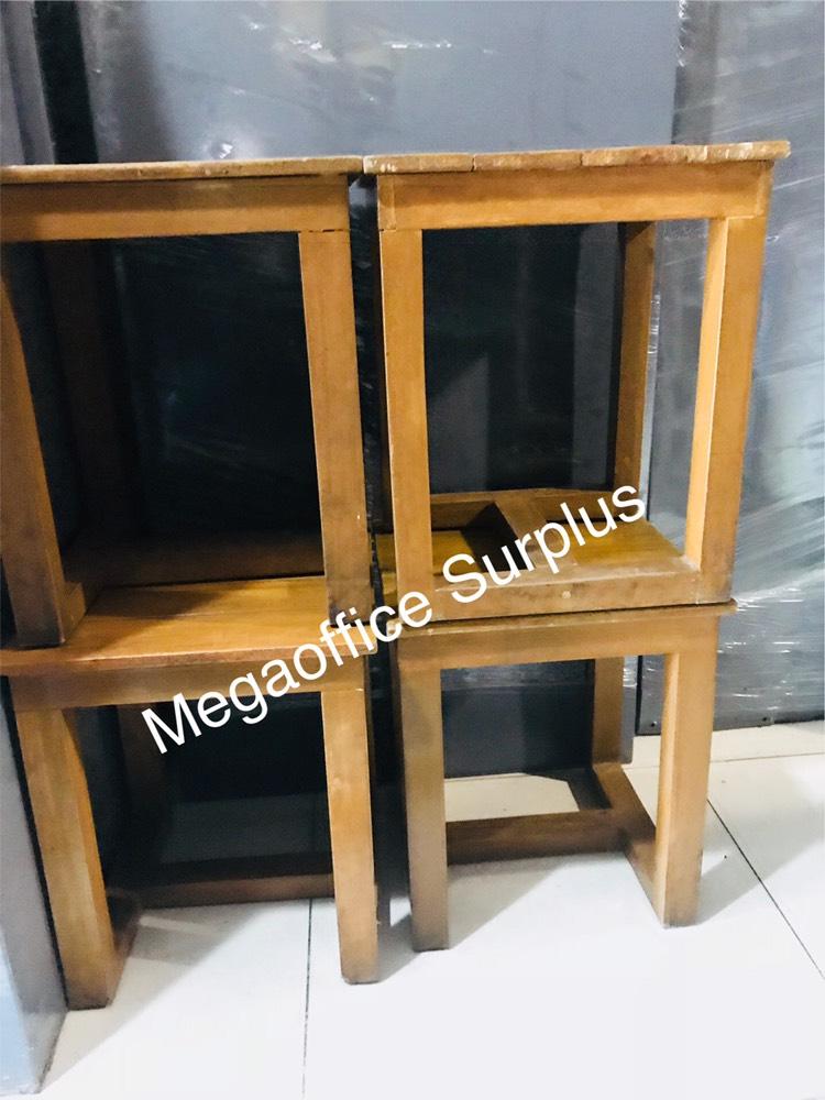 Wood Furniture Chair Supplier Seller