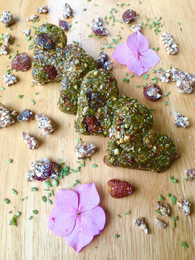 Super Green Grawnola Cookies (vegan, raw, gluten & grain free)