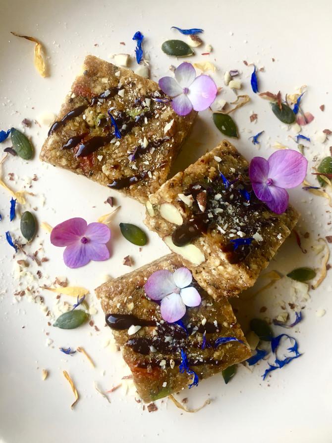 Golden Caramel Crunchy Crispy Squares (vegan, raw, gluten & grain free)