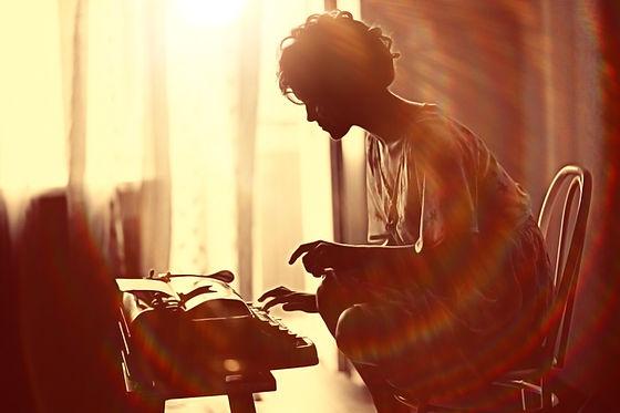 type writer silhouette.jpg