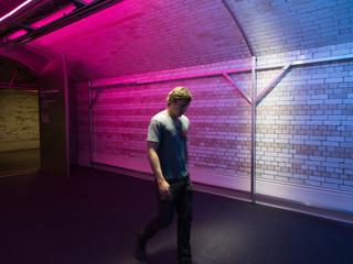walk-the-light-by-Cinimod-Studio----10-W