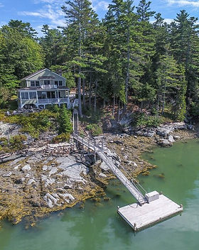 Lake front house for sale.jpg