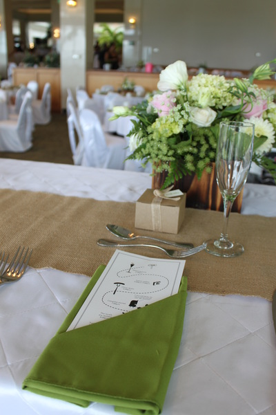Green Napkins (also burlap table runners)