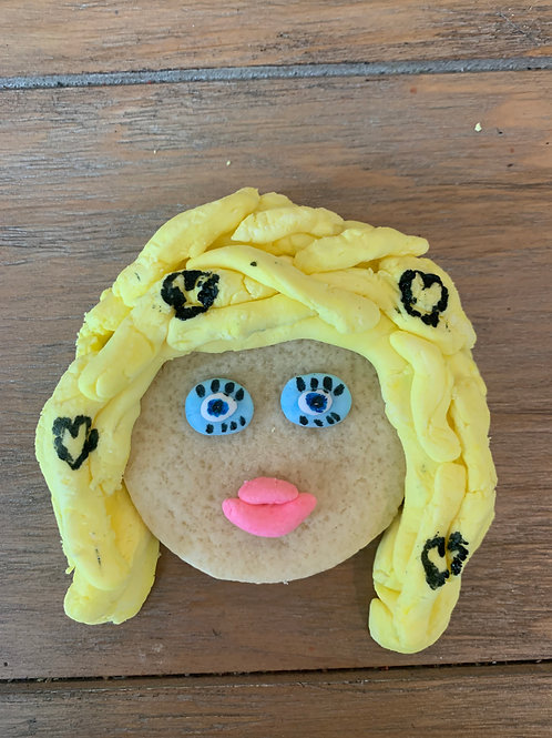 10 Customized Drag cookies!