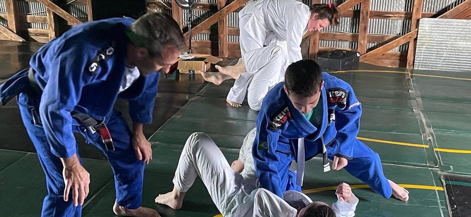 Gracie Jiu Jitsu under eye of Professor Tony Spencer. JJGF Black Belt under Rickson Gracie