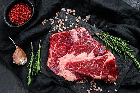 raw-beef-steak-chopping-board-organic-fa