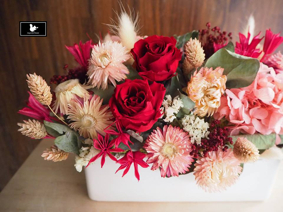 紅粉色系乾燥盆花