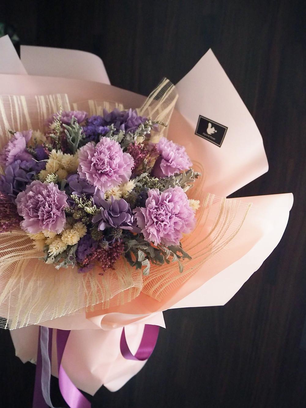 新竹母親節花束;康乃馨花束