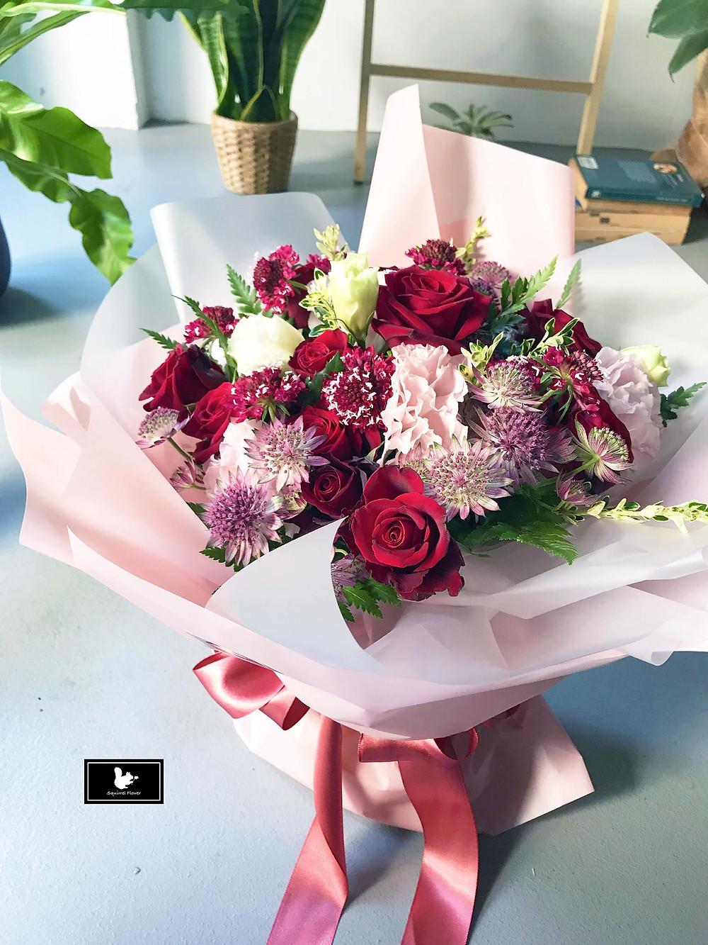 flower propose bouquet