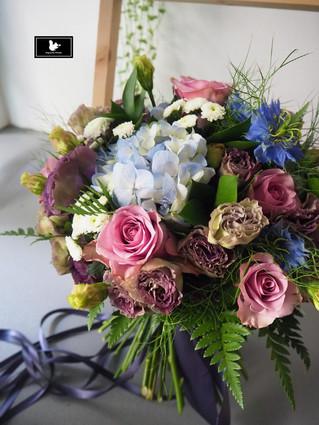 藍紫色分束捧花