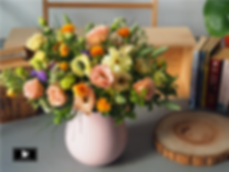 2500粉橘黃色春日花束直徑30cm2.png